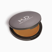 Cream Foundation Compact by Make-Up Designory Cosmetics (MUD Cosmetics)