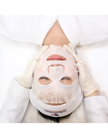 Carboxy detoxifying facial