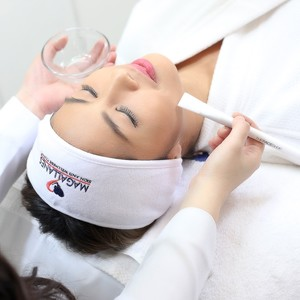 Acne Clear Facial with Peel and Seaweed Clay Mask by Magallanes Skin and Wellness Clinic